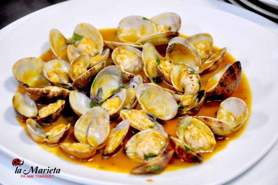 Almejas a la marinera en Mollet, Restaurant La Marieta