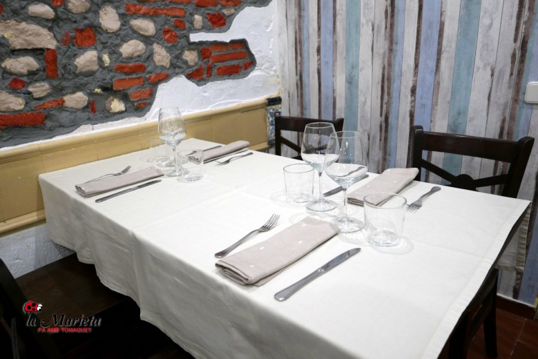 Cena romántica en Mollet del Vallès, Barcelona, Restaurant La Marieta, una generosa carta, un ambiente cálido y acogedor