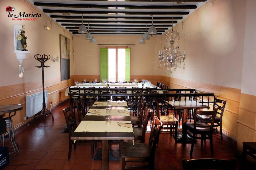 Restaurante La Marieta, íntimo y familiar, menú diario especial, aniversarios,cenas románticas, comuniones, bodas y celebraciones en Mollet del Vallès, Barcelona