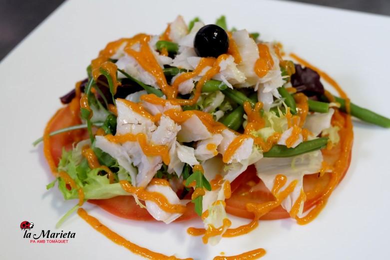 Restaurante La Marieta, Mollet del Vallès, Barcelona, menú diario a 11,60€,ensalada de merluza con langostinos