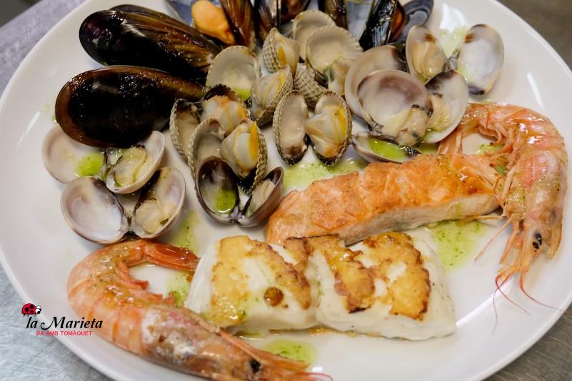 Restaurante La Marieta, Mollet del Vallès,Barcelona, tel.93 593 31 83, parrillada de pescado y marisco