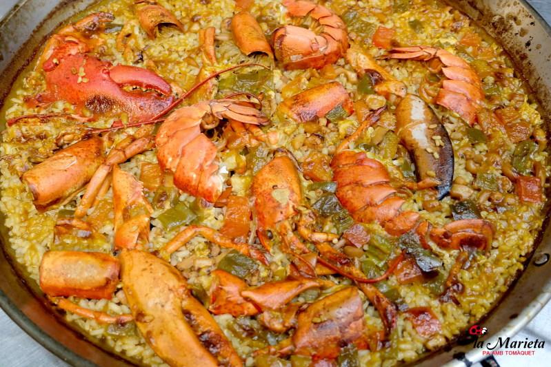 Restaurante La Marieta,Mollet del Valles, Barcelona, paella de bogavante , Menú degustación. Todos los viernes 25€ y los sábados 30€ , incluye mariscada