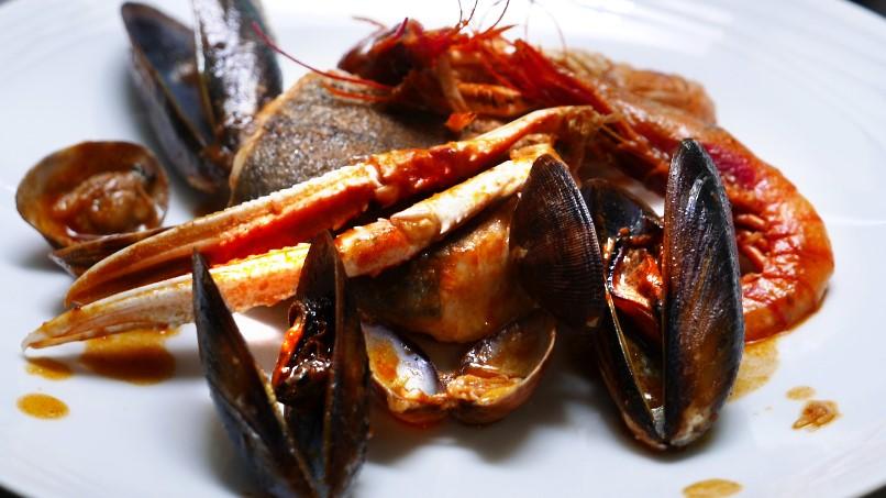 Restaurante íntimo y acogedor con los mejores platos de pescado y marisco, la Marieta, Mollet
